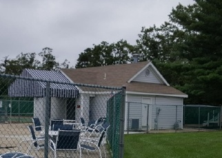 Foreclosed Home in Toms River 08753 WATERS EDGE DR - Property ID: 4444293549
