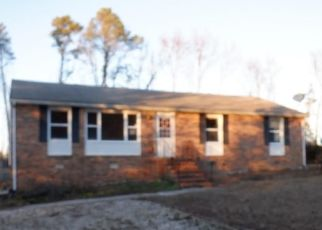 Foreclosed Home in Petersburg 23805 CLARY RD - Property ID: 4444294420