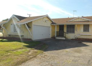 Foreclosed Home in Paramount 90723 WIEMER AVE - Property ID: 4444344801