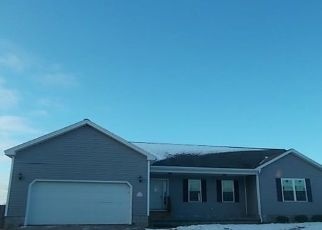 Foreclosed Home in Watertown 13601 COTTONTAIL DR - Property ID: 4444379391