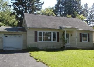 Foreclosed Home in Rochester 14623 COBBLESTONE DR - Property ID: 4444398668