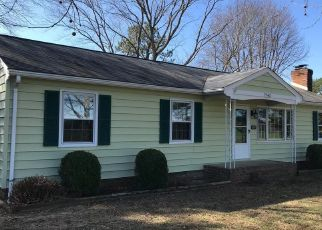Foreclosed Home in Manquin 23106 DABNEYS MILL RD - Property ID: 4444444205