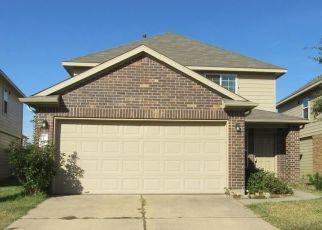 Foreclosed Home in Houston 77047 RED HUMMINGBIRD DR - Property ID: 4444469170