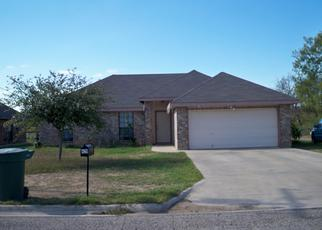 Foreclosed Home in Uvalde 78801 MARY ANN ST - Property ID: 4444478372