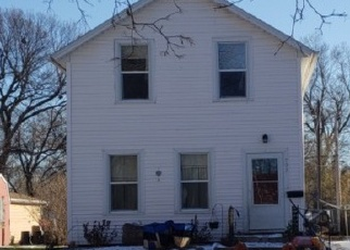 Foreclosed Home in Yankton 57078 LOCUST ST - Property ID: 4444517798