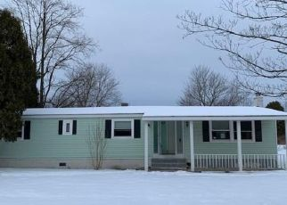 Foreclosed Home in Baldwinsville 13027 W GENESEE RD - Property ID: 4444601449