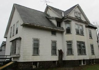 Foreclosed Home in Pulaski 13142 LAKE ST - Property ID: 4444659249