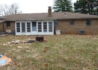 Foreclosed Home in Republic 65738 E PRIMROSE LN - Property ID: 4444709628