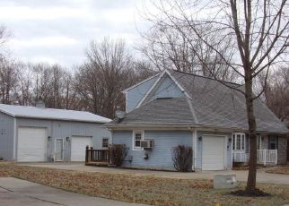 Foreclosed Home in Kearney 64060 E 12TH ST - Property ID: 4444711824