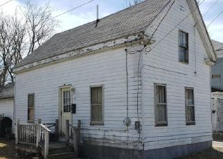 Foreclosed Home in Calais 04619 UNION ST - Property ID: 4444809485