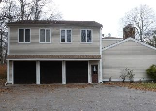 Foreclosed Home in Norwalk 06850 COMSTOCK HILL AVE - Property ID: 4444946121