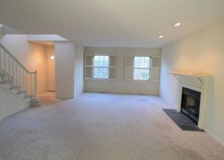 Foreclosed Home in Fairfield 06825 PARK AVE - Property ID: 4444947444