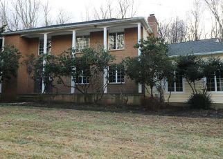 Foreclosed Home in Easton 06612 BAYBERRY LN - Property ID: 4444948313