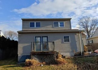 Foreclosed Home in Lebanon 17042 S MILL ST - Property ID: 4444959720