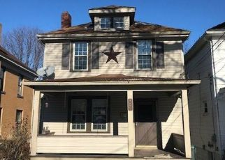 Foreclosed Home in Coraopolis 15108 7TH AVE - Property ID: 4445020588