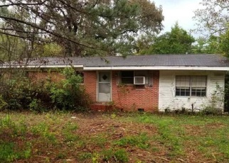 Foreclosed Home in Mc David 32568 N CAMP RD - Property ID: 4445158999