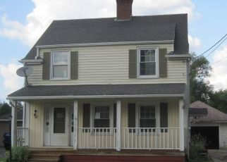 Foreclosed Home in Bradford 16701 MELVIN AVE - Property ID: 4445303520