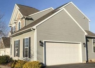 Foreclosed Home in Baldwinsville 13027 WATERFRONT DR - Property ID: 4445329356