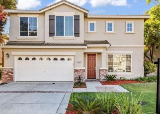Foreclosed Home in Stockton 95209 LONNIE BECK WAY - Property ID: 4445350831