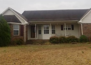 Foreclosed Home in Muscle Shoals 35661 E PERSHING AVE - Property ID: 4445403373