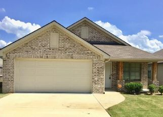 Foreclosed Home in Cottondale 35453 COOPERSTOWN CIR - Property ID: 4445405124