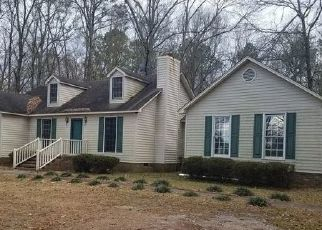 Foreclosed Home in Wagram 28396 RIVERTON RD - Property ID: 4445575504