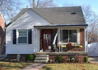 Foreclosed Home in Wyandotte 48192 16TH ST - Property ID: 4445588190