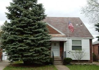 Foreclosed Home in Dearborn Heights 48127 FENTON ST - Property ID: 4445606151