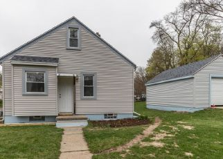Foreclosed Home in Lansing 48915 NIPP AVE - Property ID: 4445656526
