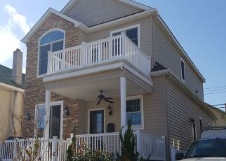 Foreclosed Home in Margate City 08402 N IROQUOIS AVE - Property ID: 4445740170