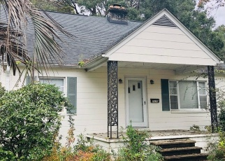Foreclosed Home in Charleston 29412 MAYBANK HWY - Property ID: 4445908805