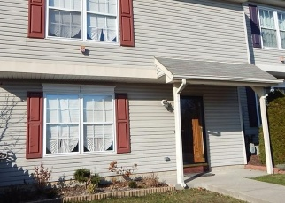 Foreclosed Home in Warwick 10990 MILA RD - Property ID: 4445926316