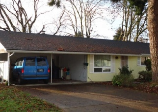 Foreclosed Home in Eugene 97401 MAHLON AVE - Property ID: 4445953473