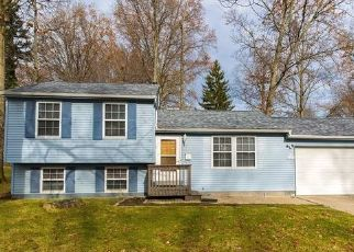 Foreclosed Home in Stow 44224 KENNETH RD - Property ID: 4445956538