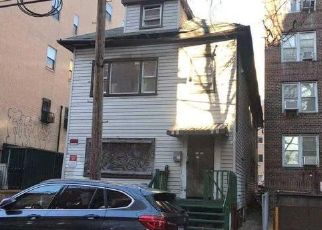 Foreclosed Home in Flushing 11355 UNION ST - Property ID: 4445959608