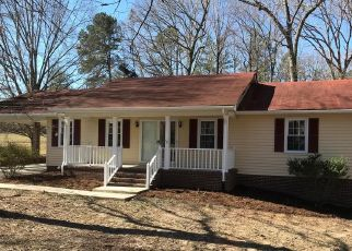 Foreclosed Home in Halifax 24558 L P BAILEY MEMORIAL HWY - Property ID: 4446003402