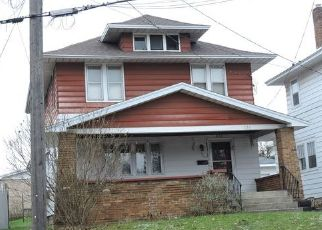Foreclosed Home in Grand Rapids 49504 WALKER AVE NW - Property ID: 4446018287