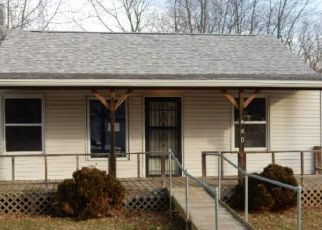 Foreclosed Home in Tovey 62570 COLUMBUS AVE - Property ID: 4446069987