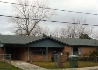 Foreclosed Home in Douglas 31533 SHIRLEY AVE - Property ID: 4446071280