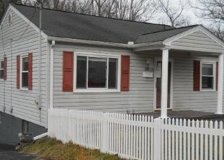 Foreclosed Home in Beckley 25801 DORCAS AVE - Property ID: 4446219768