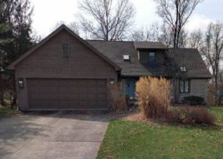 Foreclosed Home in Columbus 43230 ACADEMY WOODS DR - Property ID: 4446225902