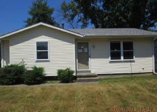 Foreclosed Home in Peoria 61615 W CARMEL AVE - Property ID: 4446324887