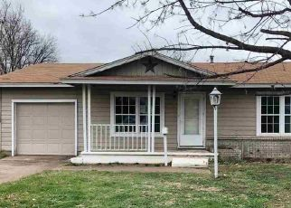 Foreclosed Home in Burkburnett 76354 PEACH ST - Property ID: 4446344586