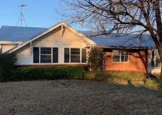 Foreclosed Home in Iowa Park 76367 LINCOLN DR - Property ID: 4446347204
