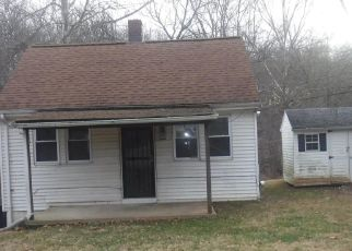 Foreclosed Home in Silver Spring 20905 AWKARD LN - Property ID: 4446408529