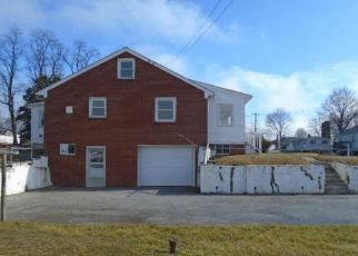 Foreclosed Home in Hampstead 21074 SINGER ST - Property ID: 4446413340