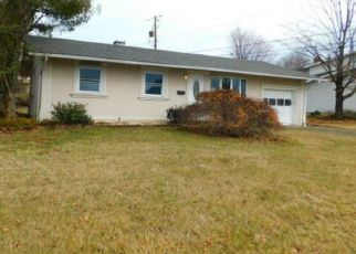Foreclosed Home in Whitehall 18052 HOFFMAN DR - Property ID: 4446424739