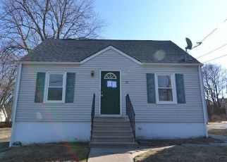 Foreclosed Home in Waterbury 06704 MACARTHUR DR - Property ID: 4446488231