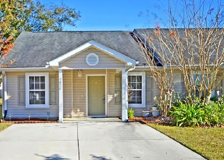 Foreclosed Home in North Charleston 29418 PARK GATE DR - Property ID: 4446595991