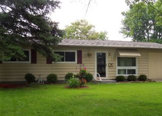 Foreclosed Home in Montgomery 60538 HUBBARD WAY - Property ID: 4446636267